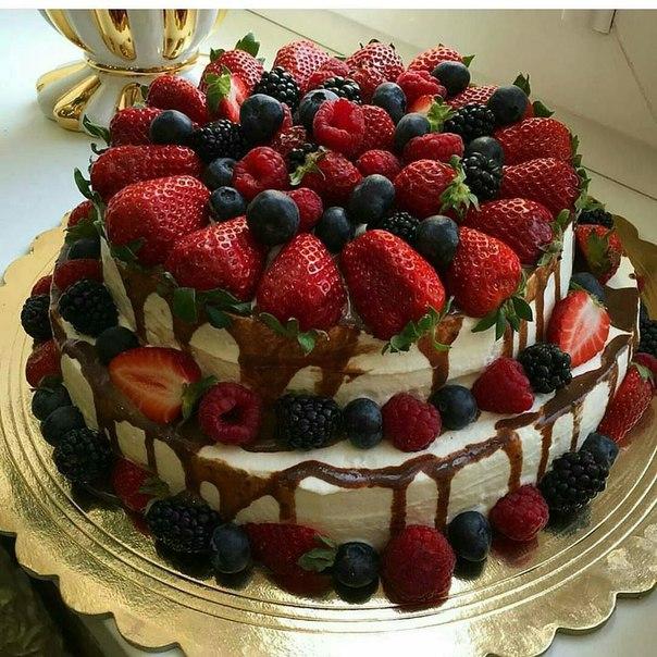 Торт с ягодами картинки